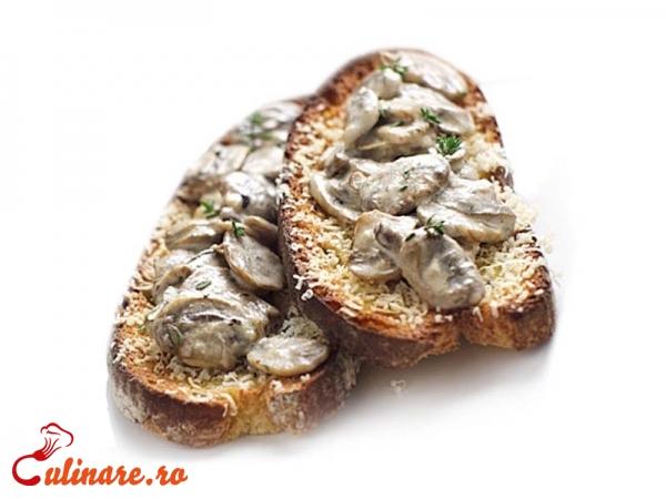 Foto - Bruschete cu ciuperci