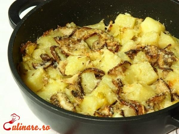 Foto - Cartofi cu ciuperci la cuptor