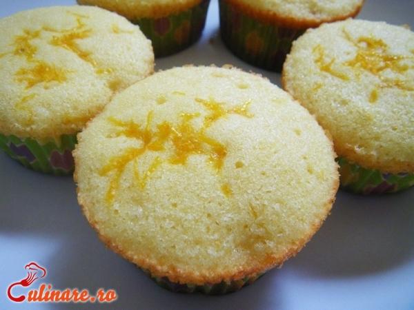 Foto - Cupcakes cu lamaie