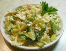 Paste cu zucchini