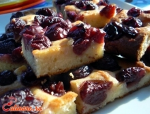 Prajitura cu prune si iaurt