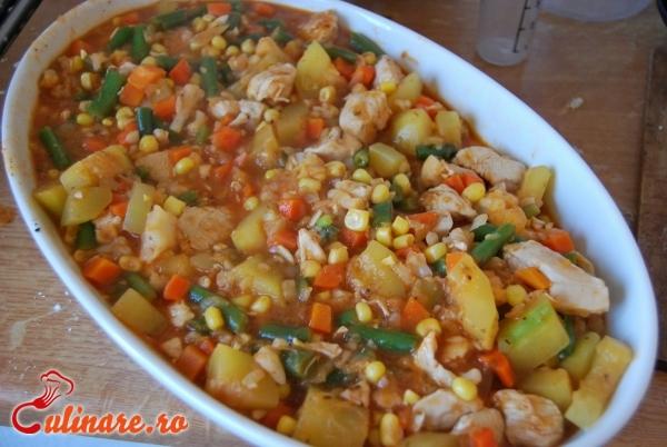 Foto - Pui cu legume mexicane