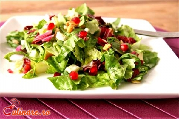 Foto - Salata cu samburi de rodie