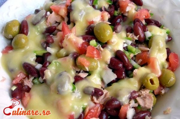 Foto - Salata de fasole rosie