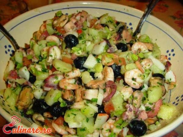 Foto - Salata de fructe de mare