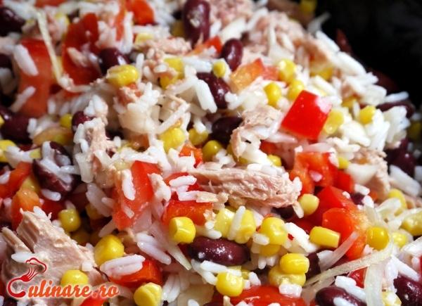 Foto - Salata de ton cu orez