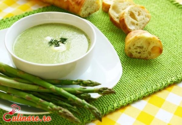 Foto - Supa crema de sparanghel