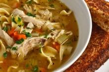 Supa de gaina cu taitei