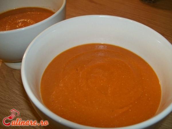 Foto - Supa de linte rosie