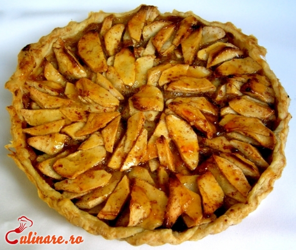 Foto - Tarta cu mere caramelizate