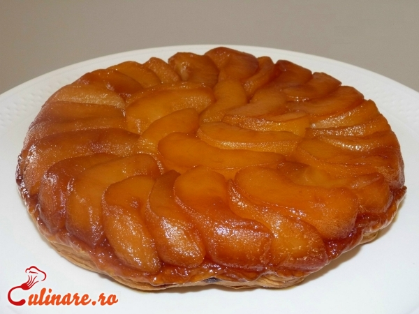 Foto - Tarta tatin cu mere