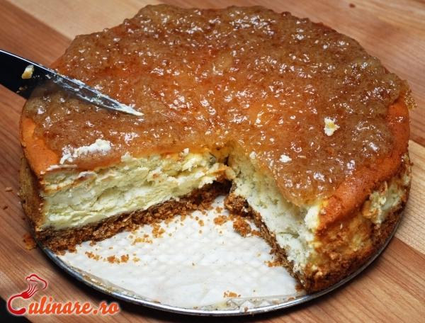 Foto - Tort cu branza dulce