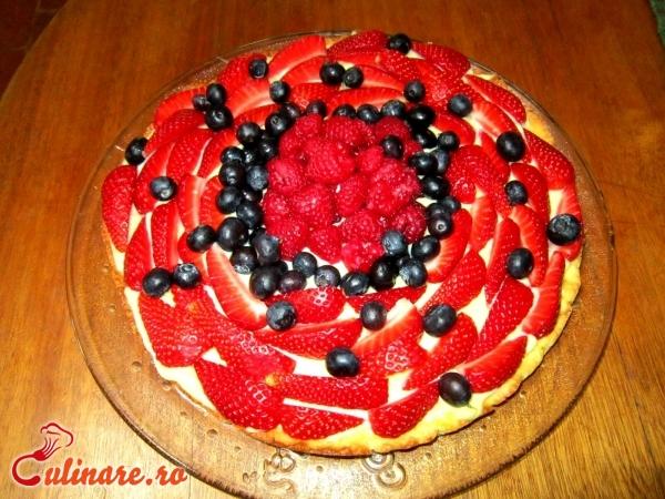 Foto - Tort cu fructe